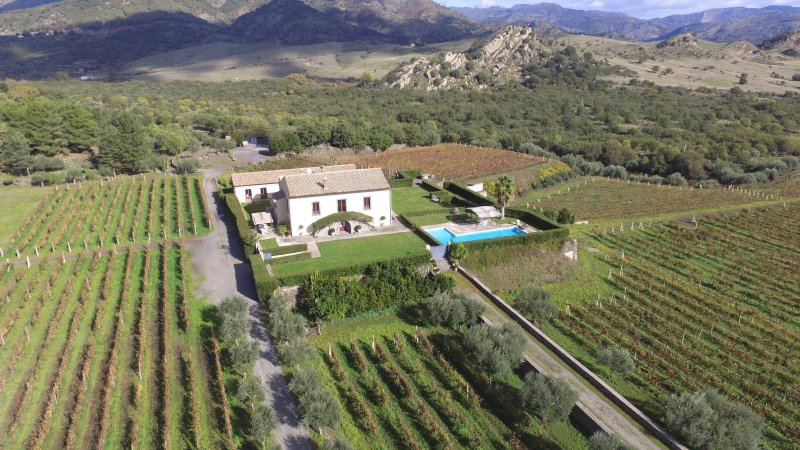 Villa Baroni and adjacent guest house where two extra bedrooms are located