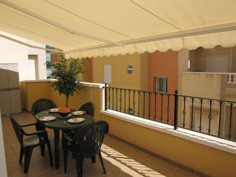 LORCA:2DORMITORIOS,100 METROS PLAYA DEL CURA,WIFI, vacation rental in Torrevieja