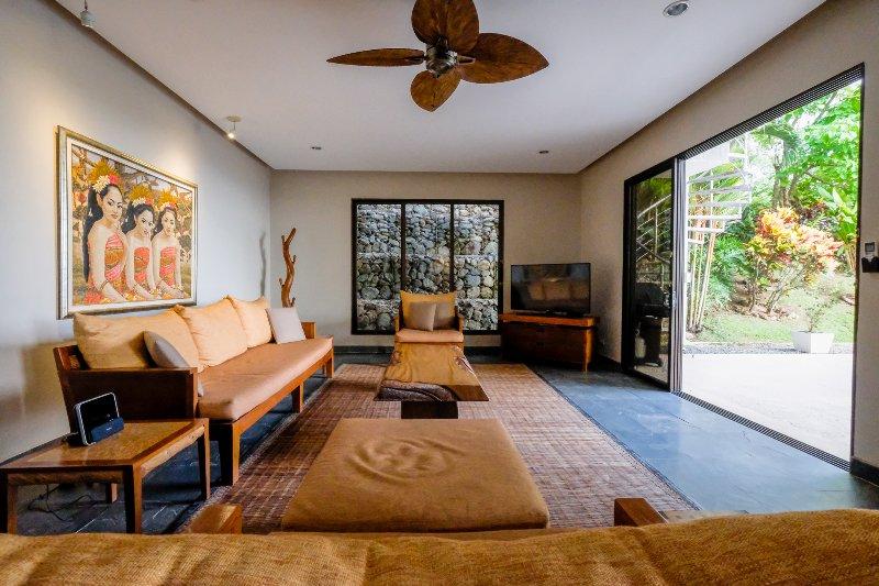 La sala de estar, estilo balinés
