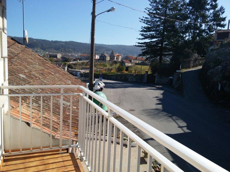 Sanxenxo rural, tranquilidad, monte y playa, aluguéis de temporada em Outeiro