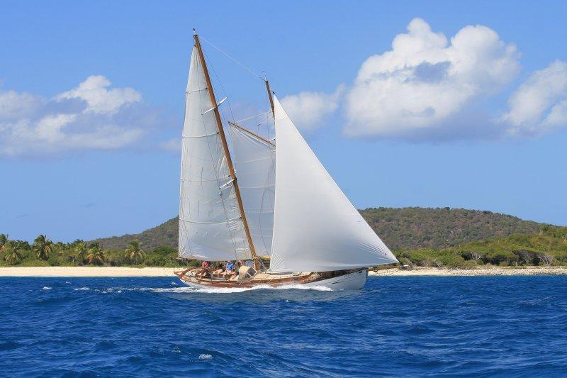 Sail Granadinas Heron. Descubre el Tobago Cays de diciembre hasta el 1 ª de abril de