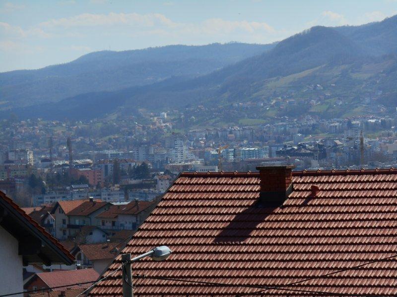 Vista desde el piso superior en el gran edificio.