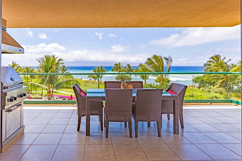 Konea 350--OCEAN FRONT Alii residence with Viking grill