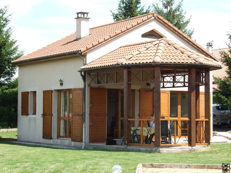 *** furnished accommodation in a green setting overlooking Lake Naussac