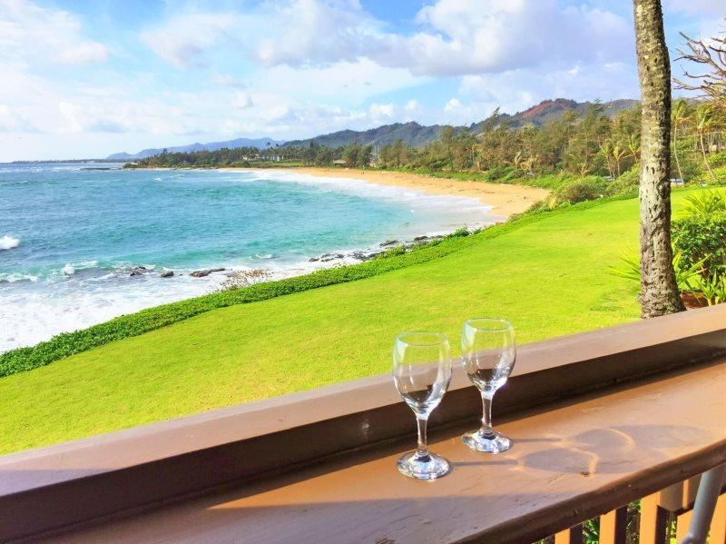 Te va a encantar las vistas de la costa de terraza privada de alquiler de condominio de Kauai.