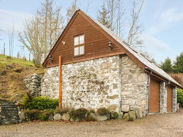 LAKEFIELD APARTMENT, ground floor barn conversion, lovely countryside, alquiler vacacional en Drumnadrochit