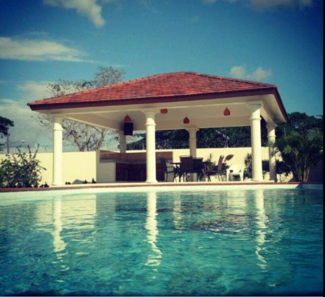 PRECIOSA VILLA, location de vacances à El Seibo Province