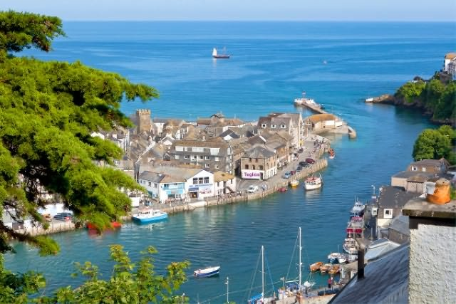 Teglios on the quay in Looe - a perfect location with beautiful views!