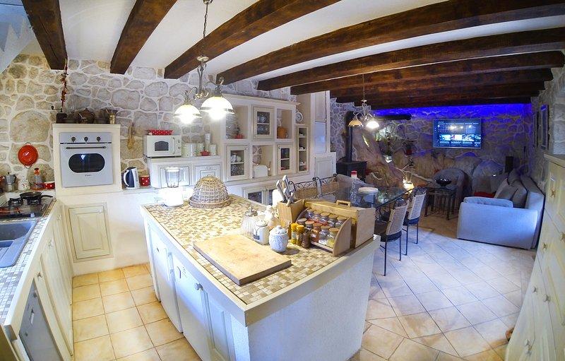 Villa Solar - Mediterranean Stone House NEW, holiday rental in Bacina