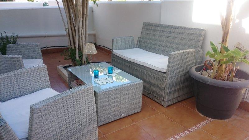 alquiler apartamento vera playa con piscina privada zona