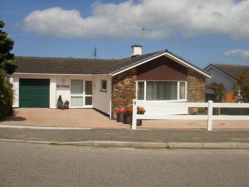 Chy Lowena, self catering in St Ives
