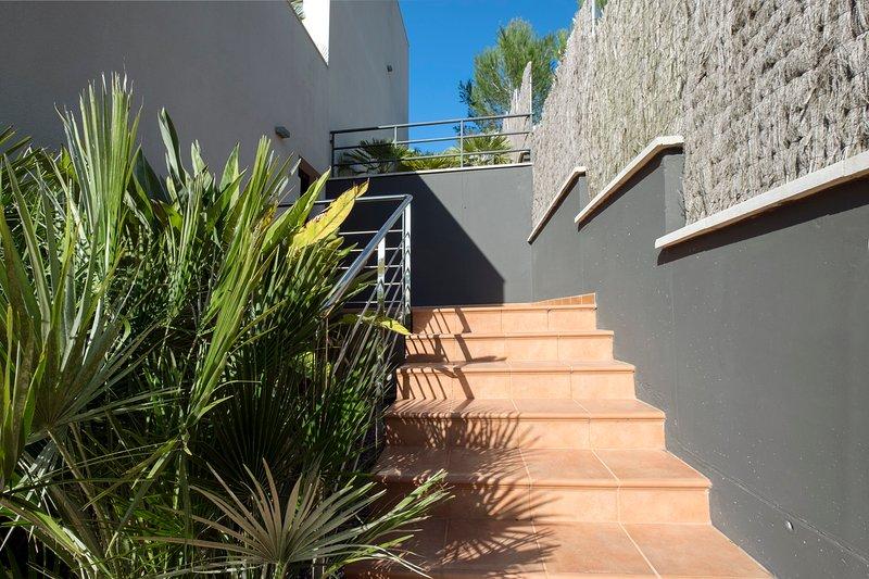 Escadas no allaround o jardim villa