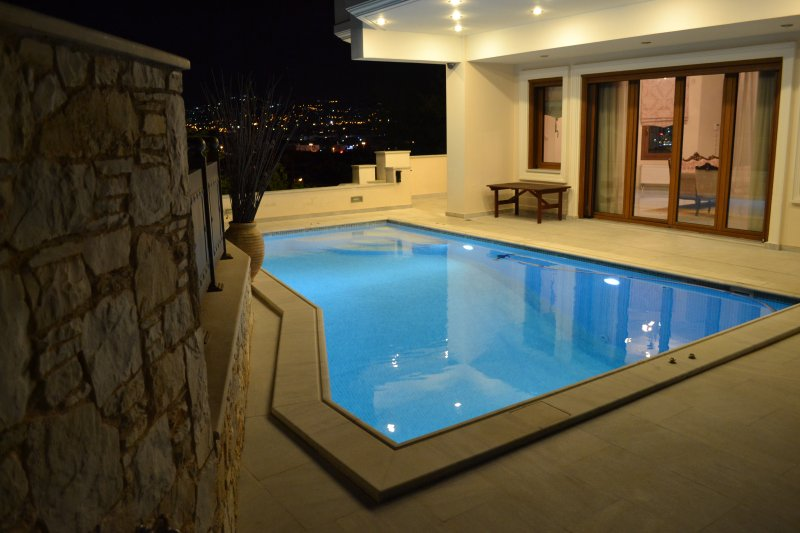 VILLA ARIADNE, vacation rental in Penteli