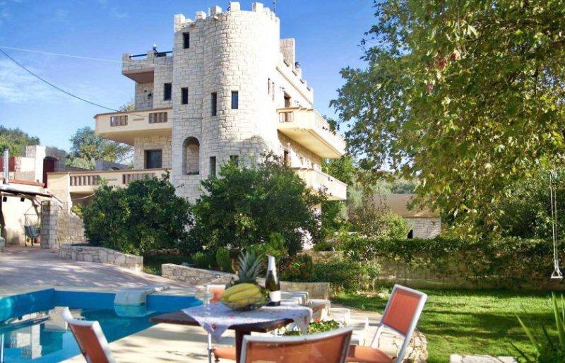 Villa Palace Maria, holiday rental in Maleme