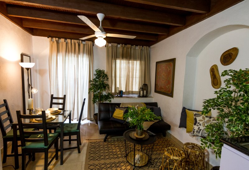 Charming, spacious and classy loft at the Colonial Zone, vakantiewoning in Santo Domingo