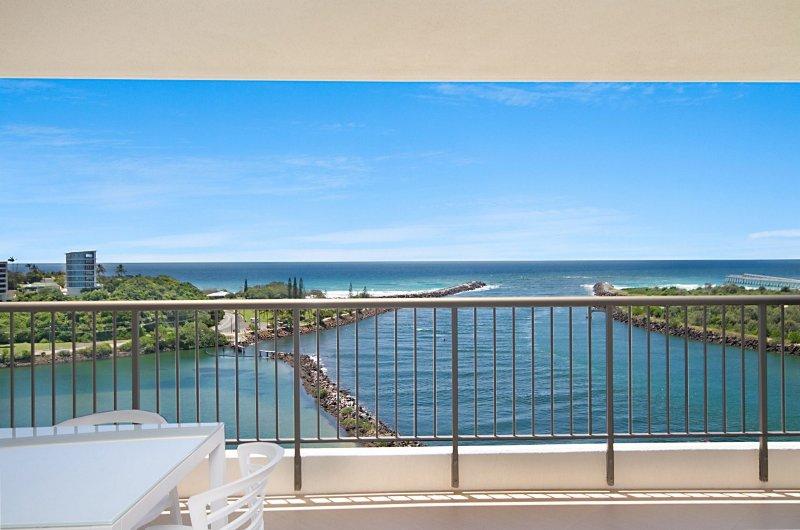 Seascape 1503- Renovated & Stunning Views, location de vacances à Fingal Head