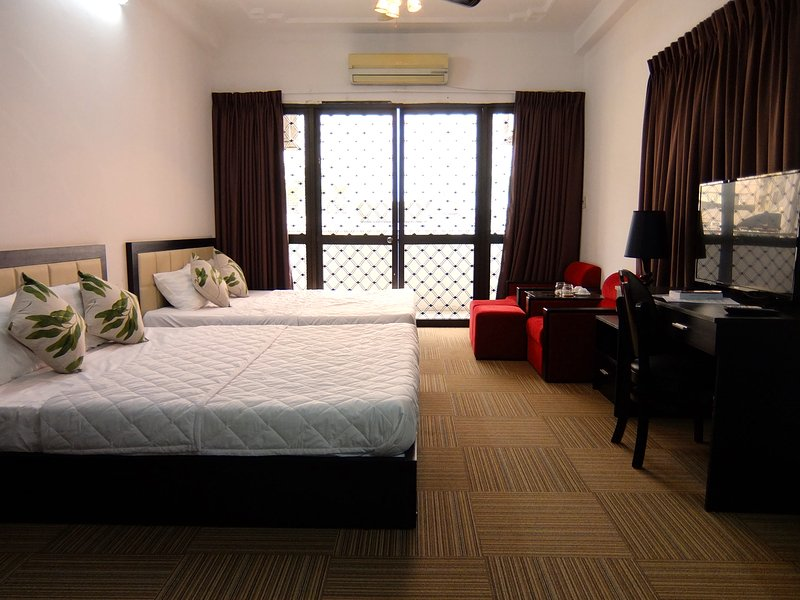 BetterU - Family Room on top of a Juice Bar, holiday rental in Ho Chi Minh City
