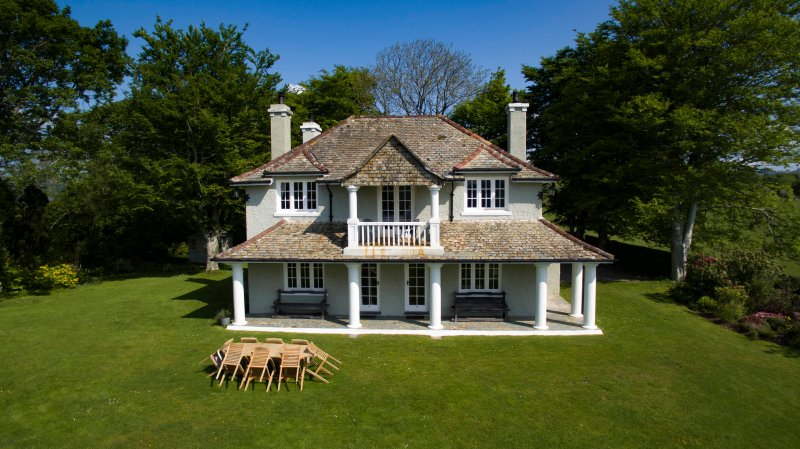 Stunning Edwardian Villa with beautiful gardens