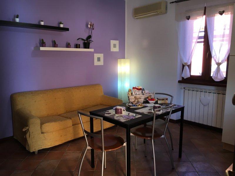 Appartamento nuovo,delizioso e confortevole, casa vacanza a Olgiata