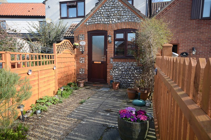 Lavender Cottage, holiday rental in Cromer