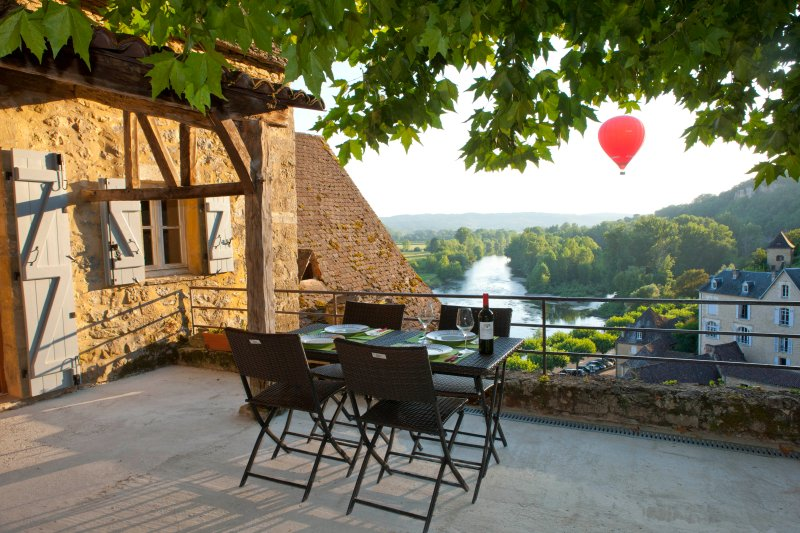 One of the most beautiful view in Beynac, vacation rental in Castels