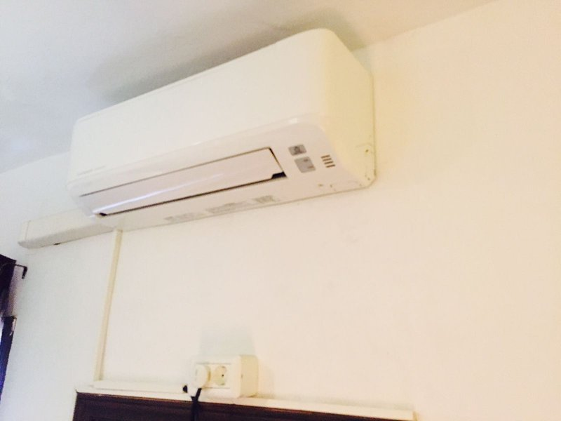 Air conditioning - Heating