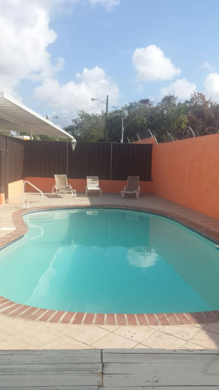 Summer house pool playa santa guanica has private outdoor - Summer house with swimming pool review ...
