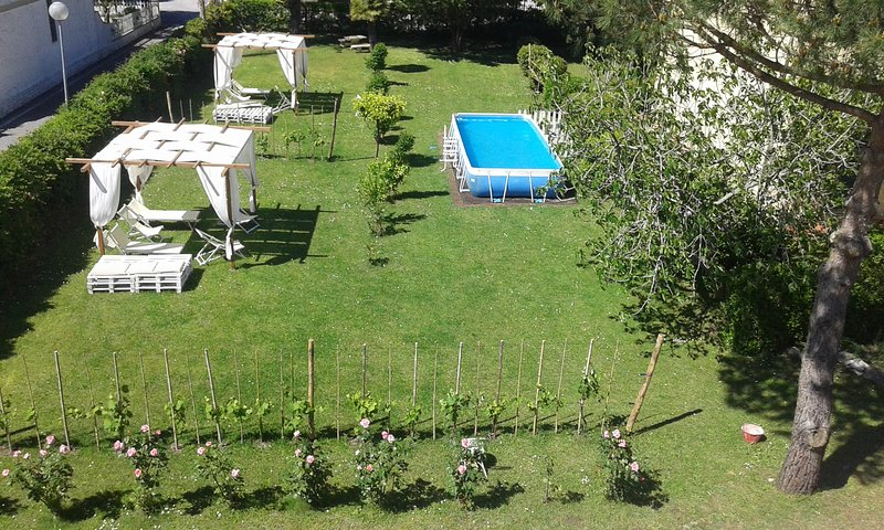 Appartamento in Villa Piano Terra 'Turandot', holiday rental in Torre del Lago Puccini