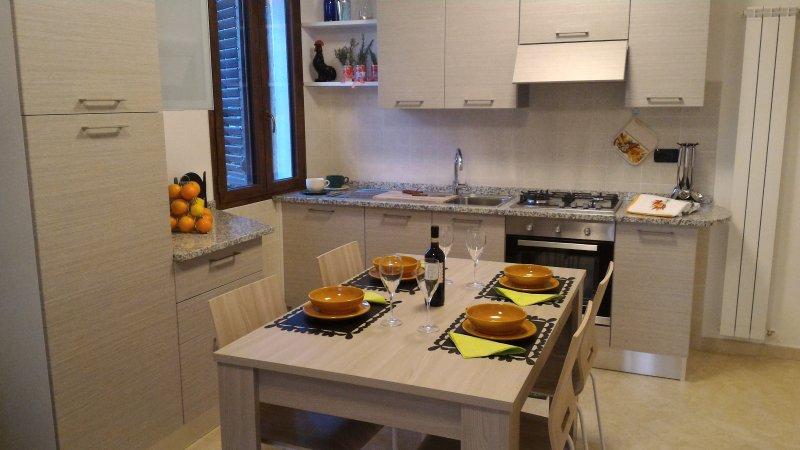 Appartamento indipendente, circondato  dal verde della  campagna di Pistoia, alquiler vacacional en Tizzana