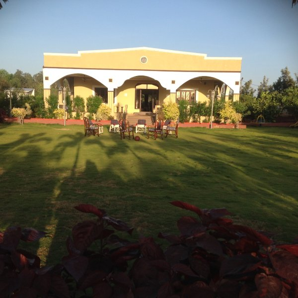 4 Acre estate for rent, holiday rental in Hyderabad