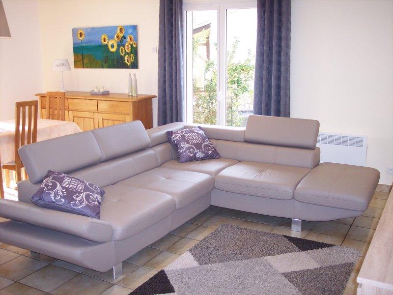 Holidayhouse LUCINKAS, holiday rental in Gabian