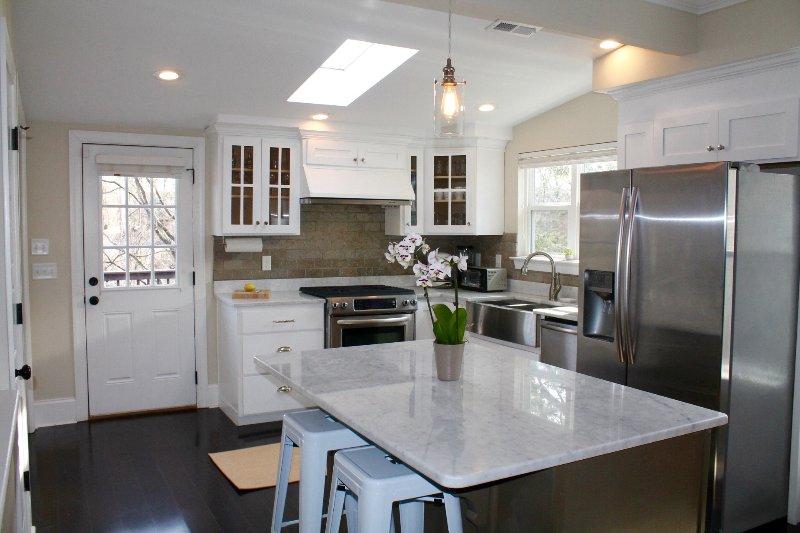 Sunny Küche - komplett ausgestattet