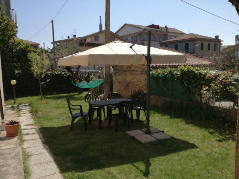 Shortletspescara central flat park & internet, vacation rental in Pescara