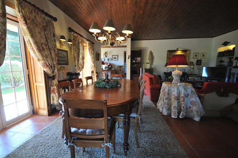 Barreiros Villa Sleeps 9 with Pool and WiFi - 5718934, alquiler vacacional en Vilar de Mouros