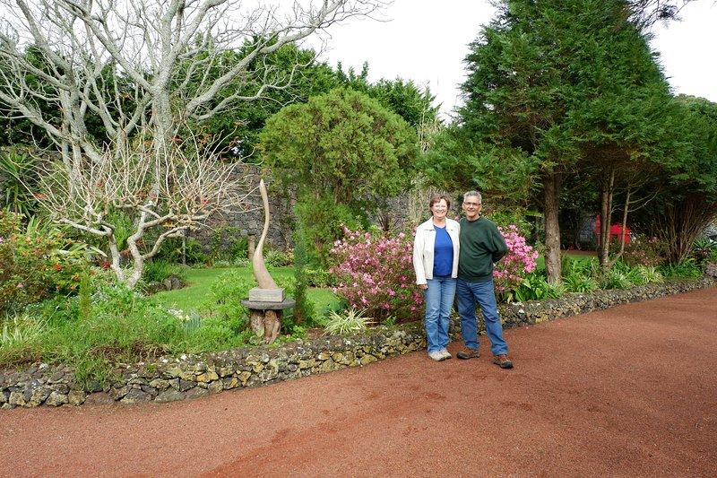 Ed and Bonita invite you to stay at Quinta das Acacias on 8000m2 private gardens