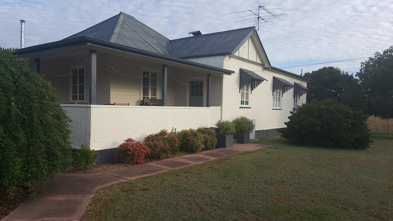 Fairbanks Guesthouse, vacation rental in Tenterfield