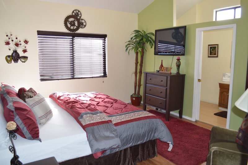 Affordable Friendly / Large 7 Bedroom, aluguéis de temporada em Las Vegas