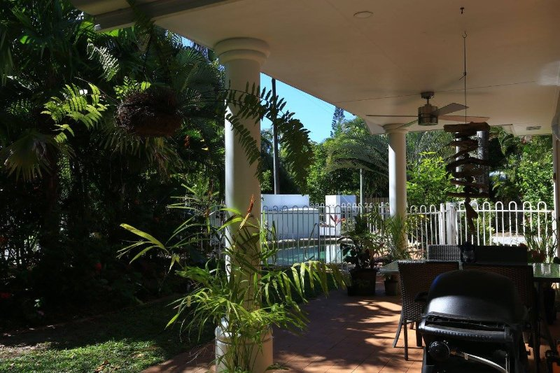 Villa in Tropical Port Douglas   -  Relax!!, vacation rental in Port Douglas