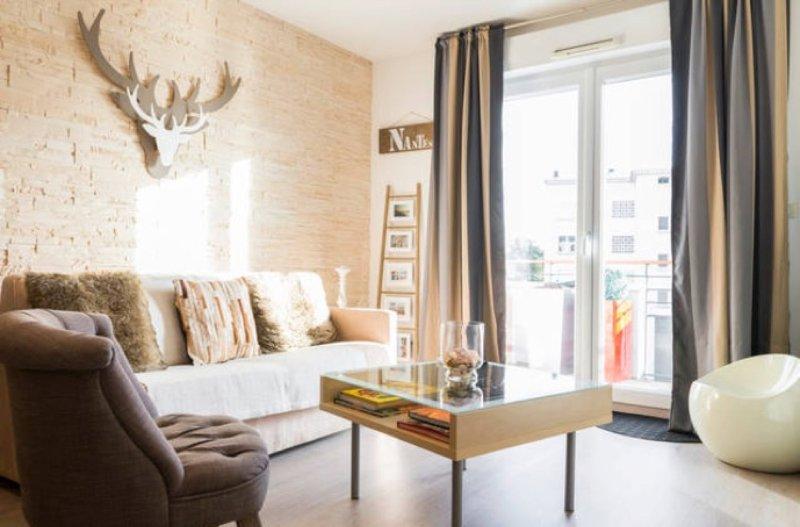 CENTRE bord Erdre gd, ensoleillé & calme 6 places (2 chambres ), vacation rental in Nantes