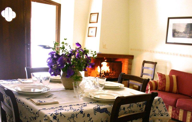 Casa Vacanza ITerzieri nel borgo storico di Ferentillo: Appartamento Matterella, location de vacances à Precetto