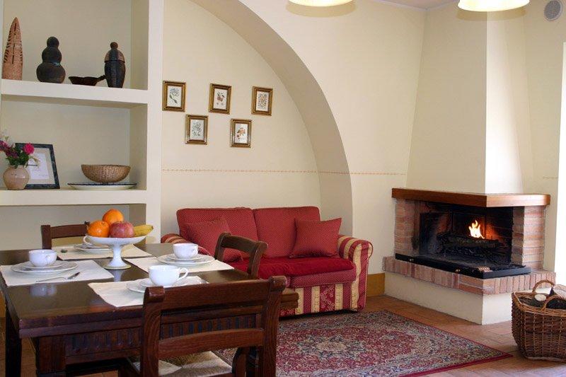 Casa Vacanza I Terzieri nel borgo storico di Ferentillo: 'Appartamento Sacrato', location de vacances à Precetto