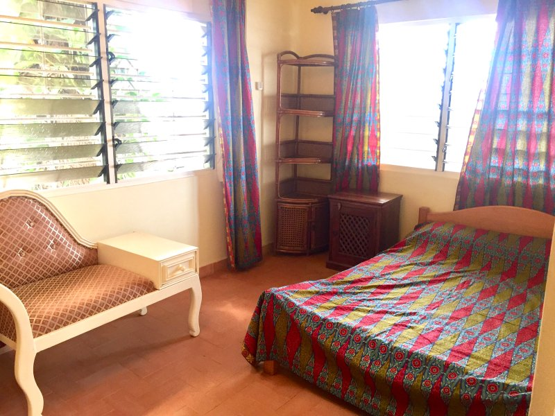 Double Room in the Comfort Zone, vacation rental in Achimota