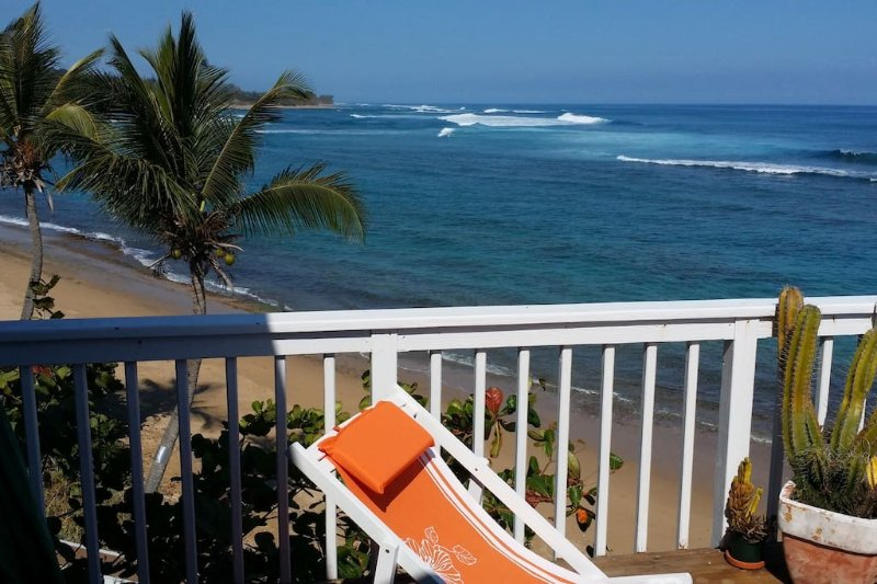 Shacks Beach Front, Spectacular 3bdrm Villa, holiday rental in San Antonio