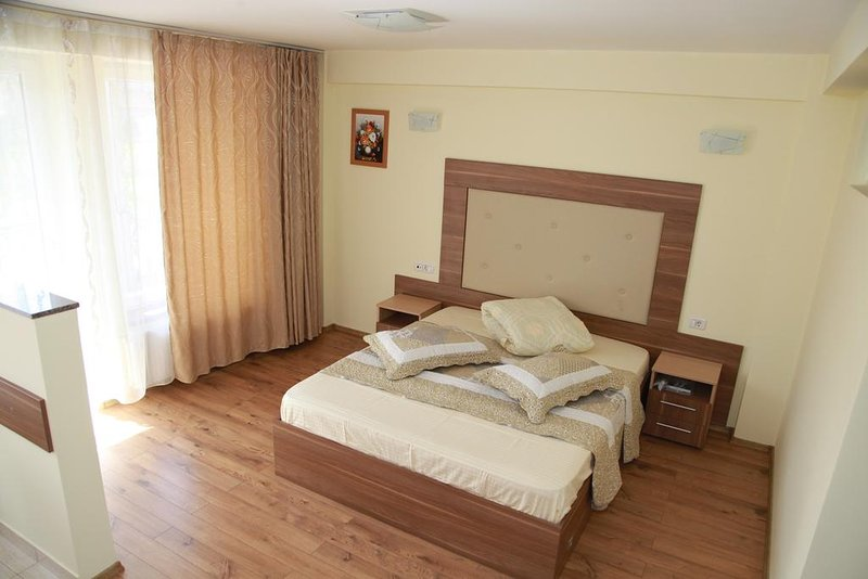 A&T STUDIOS, vacation rental in Central Romania