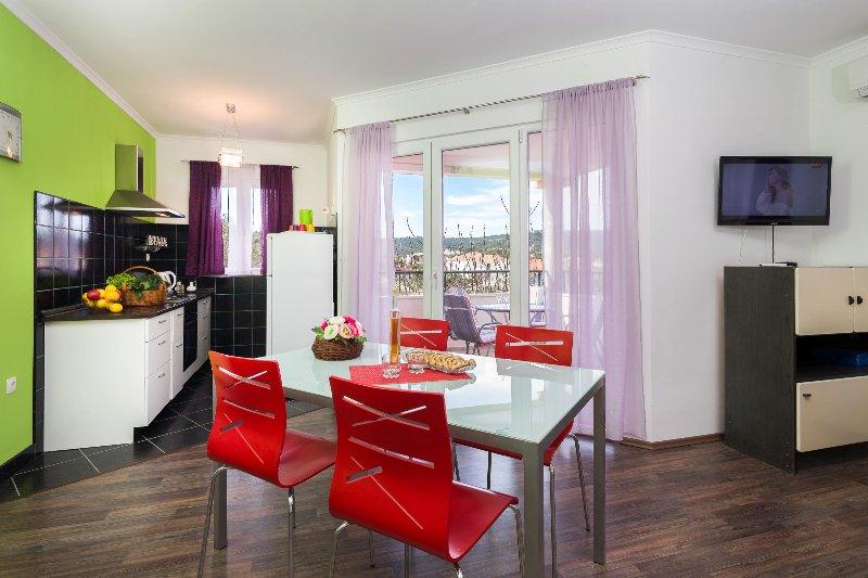 sala de estar e cozinha