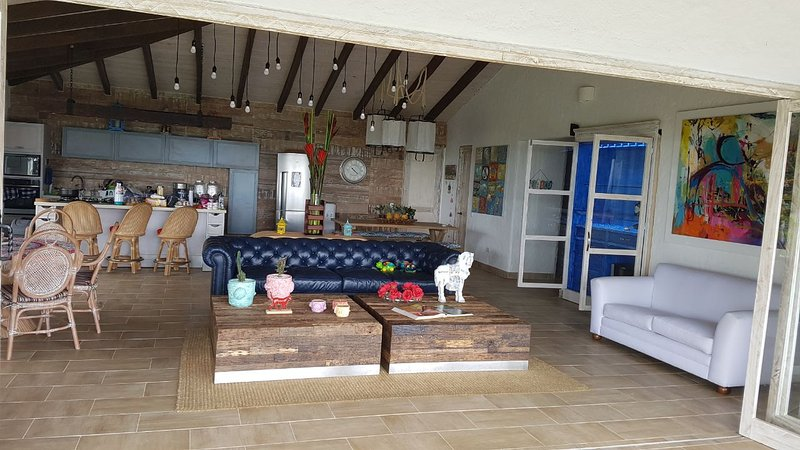 FINCA DE LUJO - PRIVADA, holiday rental in Yotoco