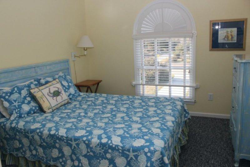 Bedroom, Top Level  Full bath in hall