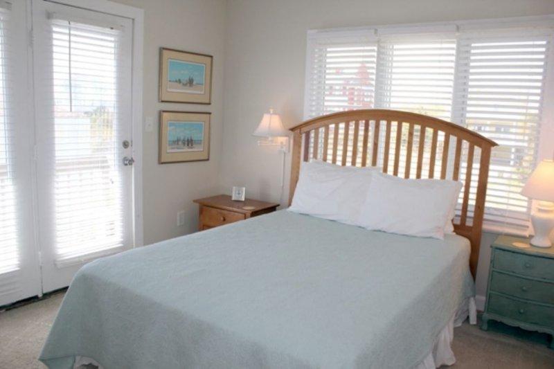 Bedroom 5,Queen Level 3