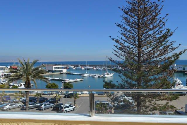 ÁTICO DÚPLEX FRENTE AL MAR, alquiler de vacaciones en Roquetas de Mar