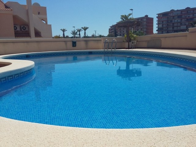 Fabulous Apartment With Air Con, Wi-Fi & Satellite TV. Close To Beach, holiday rental in Puerto de Mazarron